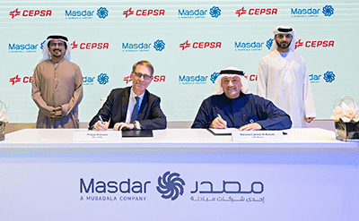 Philippe Boisseau, CEO of Cepsa, and Mohamed Jameel Al Ramahi, CEO of Masdar, during the signing of the agreement.<br>