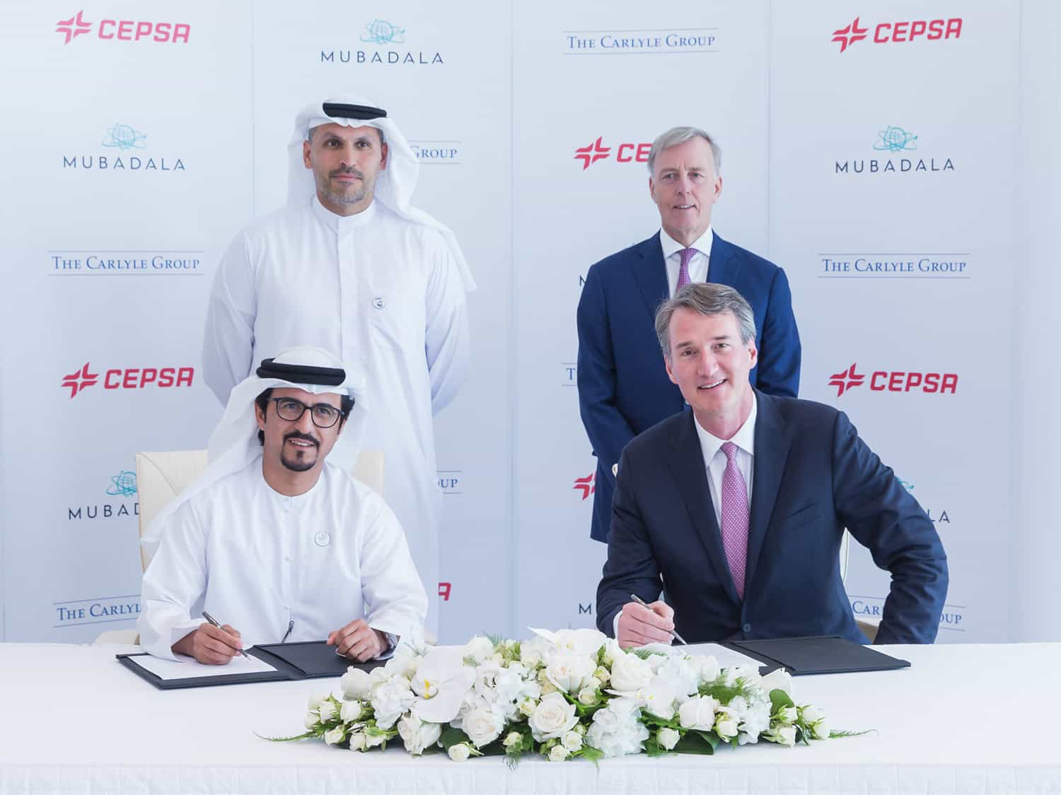 Signing of agreement between Mubadala and Carlyle
