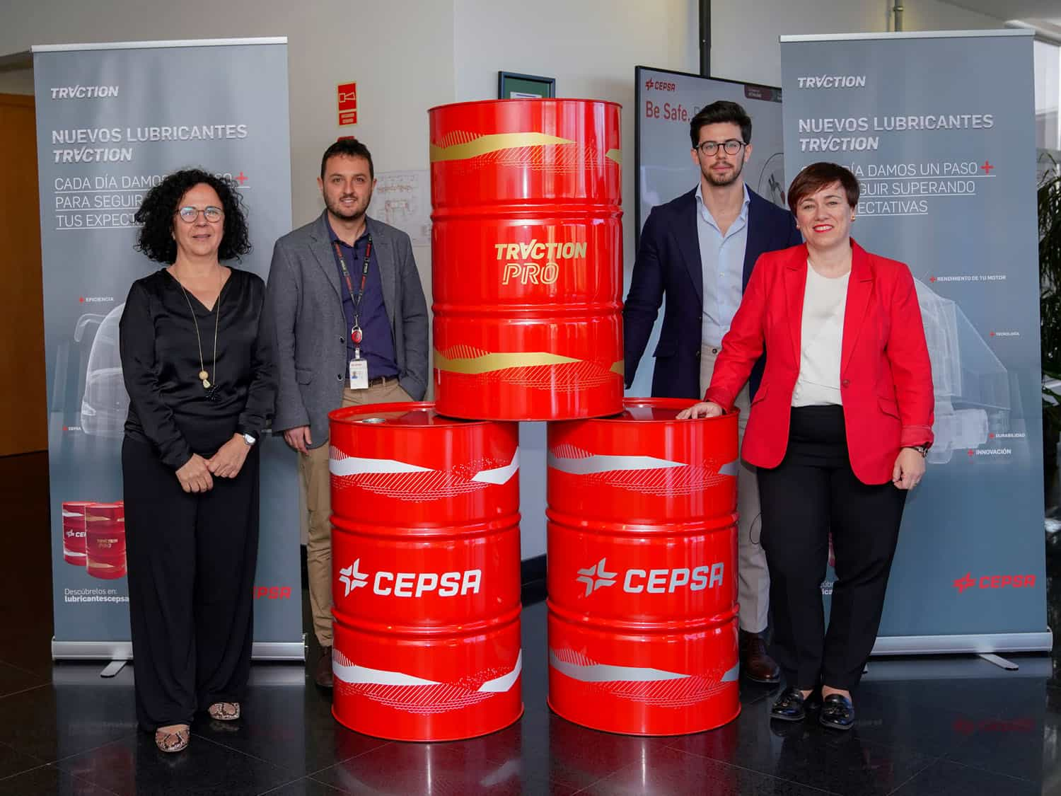 Juana Frontela (Head of Cepsa Research Center), Alejandro Gautier (lubricants specialist), Fernando de Andrés (lubricants specialist ) and Niurka Sancho (Director of  Lubricants)